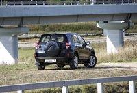 Toyota RAV4 вне города не теряет своего лица