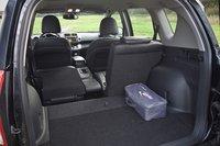 При желении задние кресла можно сложить и тем самым увеличить полезный объем багажного отсека