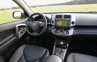 Toyota RAV4. 2010 год. Интерьер