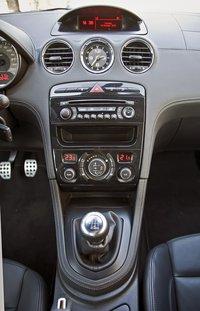 Центральная консоль Peugeot RCZ