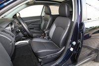 Передние сиденья Mitsubishi ASX немного жесткие и имеют недостаточную боковую поддержку.