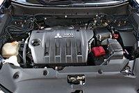 Технически инновационный и экономичный четырехцилиндровый двигатель ASX связан с системой старт/стоп.