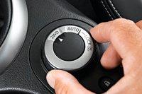 Система полного привода Nissan Qashqai такая же, как и у Mitsubishi ASX. Три режима езды выбираются при помощи поворотного переключателя.