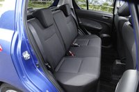Задние сидения раскладываются в пропорции 60/40. В модификациях «XL» и «XS» спинки задних сидений имеют два уровня наклона.