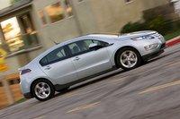 После нескольких попыток лучший результат Volt в плане дальности хода на одном заряде батареи составил 63 км, худший – 43,2 км. В среднем этот автомобиль проезжает 54,5 км на одном заряде.