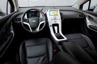 Но здесь нечто большее, чем просто дизайн – водителю Chevy Volt будет очень удобно, благодаря множеству регулировок сидения.
