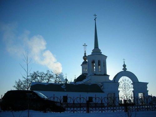 Памятник с крестом на просвет Лабытнанги заказ памятника на кладбище Ярцево