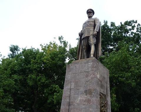 Памятник подешевле Медвежьегорск Мемориальный одиночный комплекс из двух видов гранитов Курская