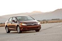 Консервативный дизайн Honda Civic девятого поколения не имеет ничего общего со спортивным Civic 2006–2011 годов.