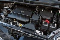 Можно ли назвать 3,5-литровый V-образный двигатель Sienna лучшим в этой группе? Он тихий, плавный и мощный – с ним трудно тягаться.
