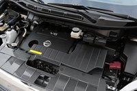 V-образная «шестерка» Nissan серии VQ никогда не отличалась ни плавностью подачи момента, ни тихим «голосом», хотя в случае с Quest он может похвастаться и тем, и другим, не потеряв при этом в тяге.