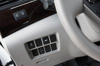 Несмотря на наличие кнопки, система стабилизации курсовой устойчивости в Quest не отключается, так что пределы управляемости этой машины известны лишь инженерам Nissan.