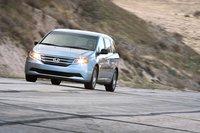 Honda Odyssey EX 2011 за $31730 является самым дешевым автомобилем на тесте.