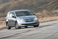 Можно ли назвать Honda Odyssey 2011 стильным? Все зависит от ваших предпочтений, но нам определенно нравится этот минивэн с позиции водителя.