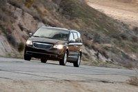Хоть он и финишировал на четвертом месте, Chrysler Town and Country 2011, в сравнении с моделями 2008-10 годов, стал намного лучше.