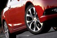 Такие опциональные покрышки Michelin Pilot Exalto PE2 добавят $200 к стоимости вашего Honda Civic Si Coupe.