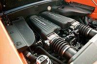 Прямой впрыск добавляет 5,2-литровому V10 гибкости при настройке.