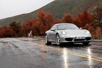 В конкурсе на лучшую расстегнутую рубашку поло безоговорочную победу одерживает Porsche 911.
