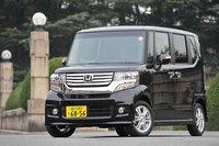 Стоимость специальной «мужской» комплектация NBOX Custom варьируется от 1440000иен (около $17300) за версиюG (передний привод) до 1780000 иен (около $21400) за версию GTurboPackage (полный привод). Турбонаддувом оснащены только модели Custom.