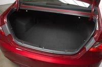 Sonata является номером 1 по объему багажника, 464литра.