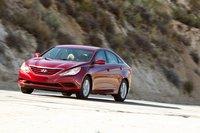 Большинство покупателей останутся довольны качеством езды Sonata. По шоссе машина идет очень плавно.