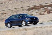 Второе место занимает Toyota Camry. Этот Camry — лучший за долгое время существования модели.