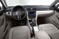 Volkswagen снизил стоимость Passat, что, впрочем, не отразилось на элегантности его салона.