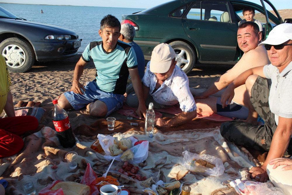 Семейное пара с казахами фото 530-447
