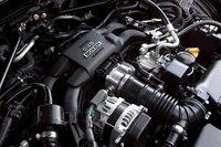 Четырехцилиндровый оппозитник Subaru усилен системой прямого впрыска топлива, предоставленной Toyota.