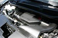 Благодаря размещению гибридной силовой установки в моторном отделении, внутреннее пространство автомобиля осталось таким же практичным, как и прежде.