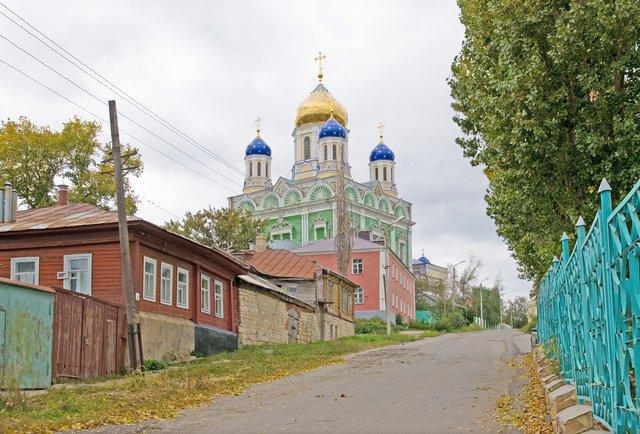 Вознесенский собор в Ельце, который входит в пятерку крупнейших храмов России, одна из интереснейших достопримечательностей трассы М4