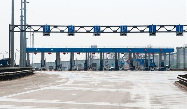 Терминал въезда на платный участок трассы М4 Дон