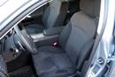 Lexus может похвастать лучшей боковой поддержкой и необычной отделкой передних кресел