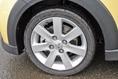 Специалисты утверждают, что своей замечательной управляемостью машина во многом обязана покрышкам марки Yokohama Advan Neova. Что, ж может быть оно и так, хотя с другой стороны, если бы конструкция подвески управляемых колес была неудачной, то никакие бы шины не помогли!