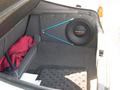 Сам же багажник даже без сложенных сидений вполне вместительный