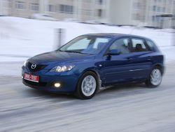 Mazda3 позволяет водителю «зажечь» и после Renault кажется чуть ли не суперкаром.