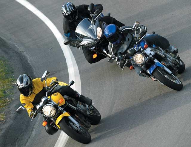 дорожный тест японских шестисоток Honda 599 Suzuki Sv650 и Yamaha Fz6