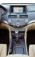 Интерьер Honda Accord Coupe 2008.
