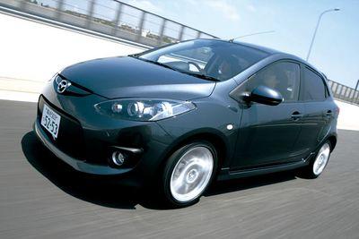 Mazda Demio нового поколения.