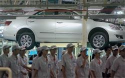 Система обучения рабочих Toyota за последние семь лет изменилась: теперь из них делают роботов, а не философов.