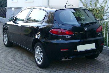 Alfa Romeo 147 2004 отзыв автора | Дата публикации 24.10.2012.