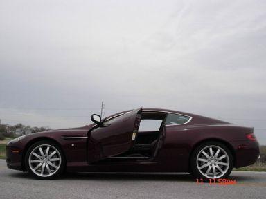 Aston Martin DB9, 2005