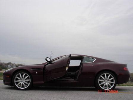 Aston Martin DB9 2005 - отзыв владельца