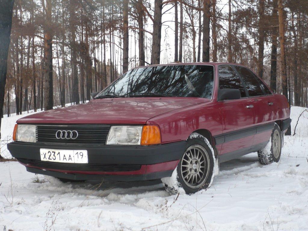 Audi 100 1984 года, 1.8 литра, Автомобиль покупался ещё ...