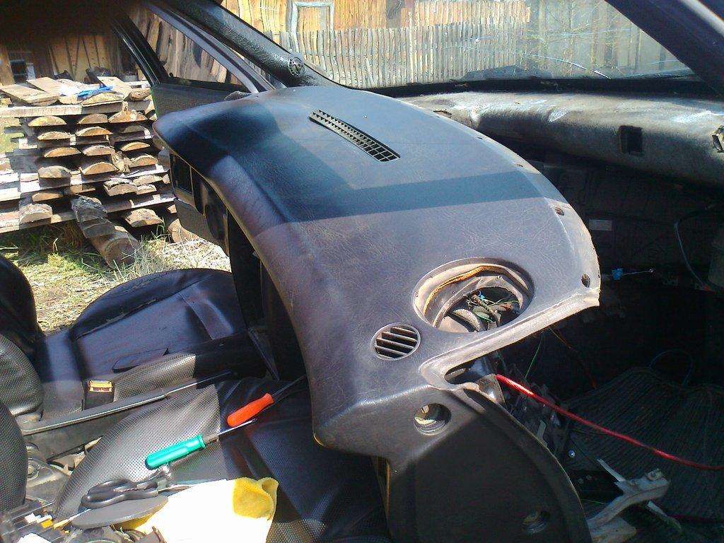 как снять печной радиатор на audi 80 b4