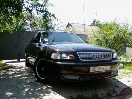 Audi A8 1996 - отзыв владельца