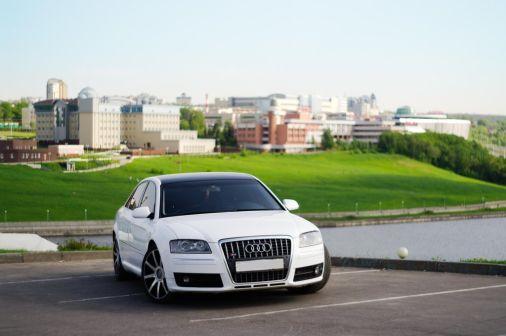 Audi A8 2003 - отзыв владельца