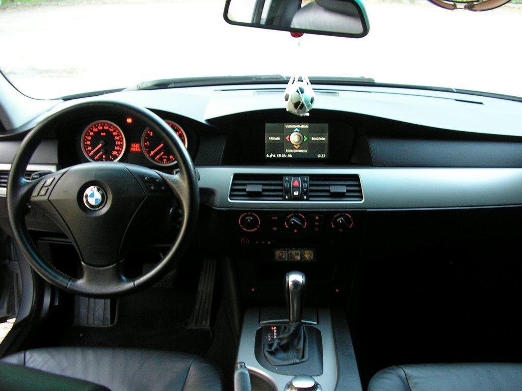 bmw 520i 2004 г. отзывы
