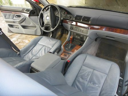 BMW 5-Series 2000 - отзыв владельца