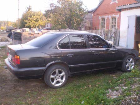 BMW 5-Series 1989 - отзыв владельца